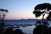 Antibes : entre Histoire et traditions…