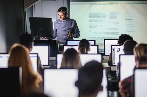 Professeur des Universités: métier et carrière