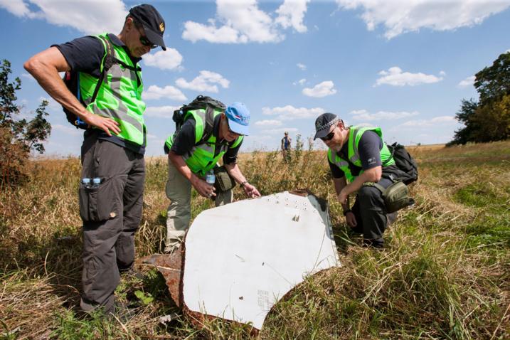 Le crash du vol MH17, quelques mois seulement après la disparition du vol MH370.