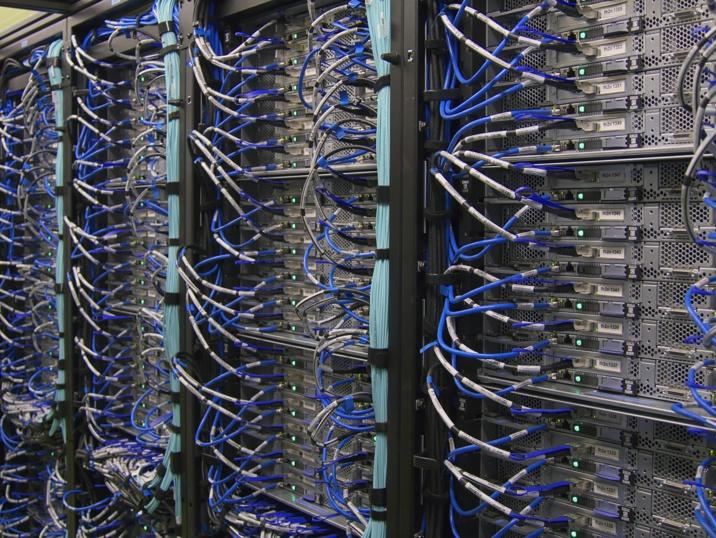 La grande panne informatique de Bouygues Telecom en 2004: une série de bugs dans le réseau et dans la communication