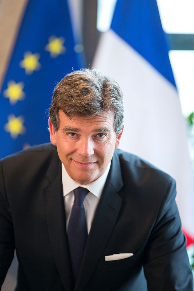 Montebourg suit une formation en management