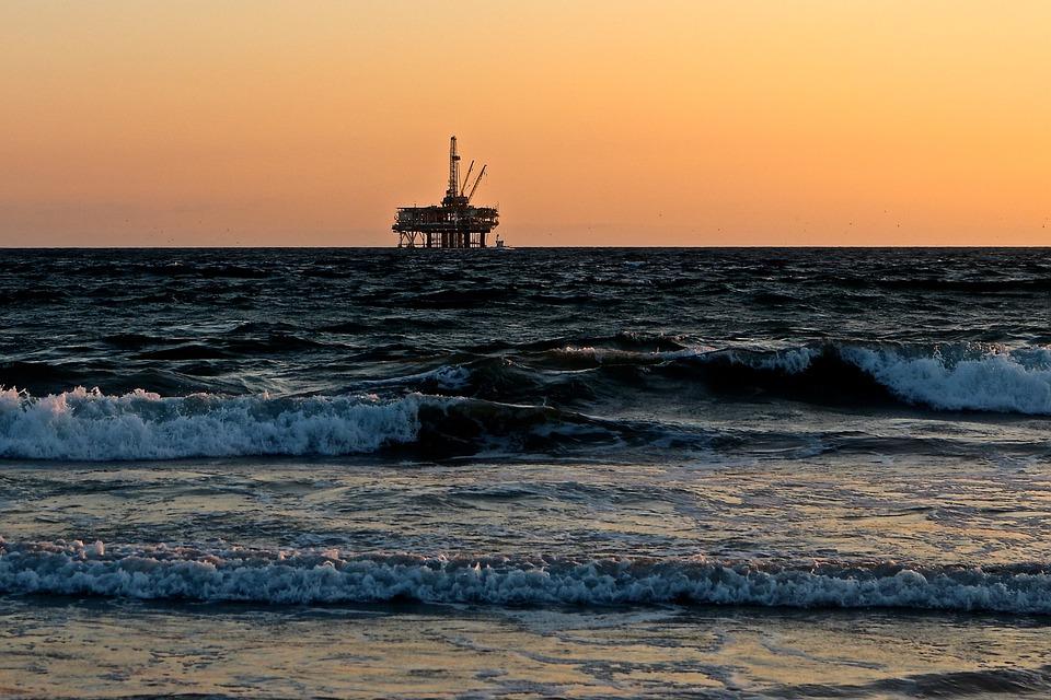 L'Opep négocie pour que les prix du pétrole augmentent