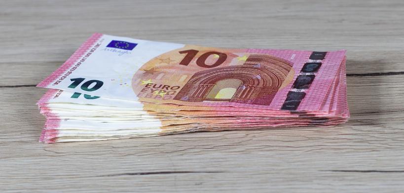 2 424 euros dans le privé : le salaire moyen en France a augmenté en 2019