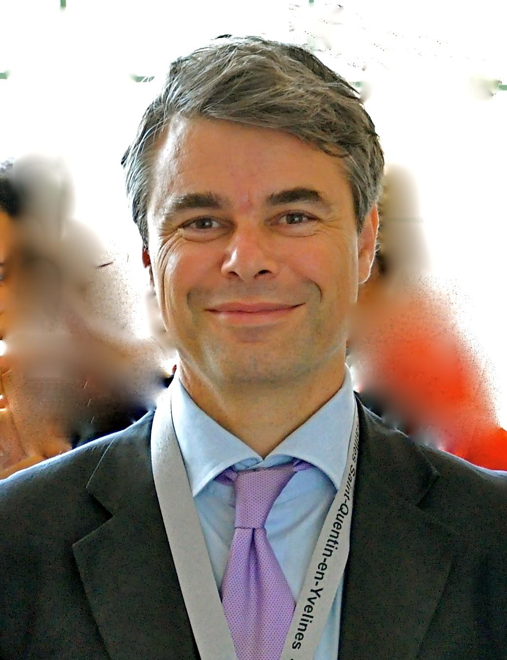 Christophe Assens est Directeur adjoint du laboratoire de recherche LAREQUOI (UVSQ)